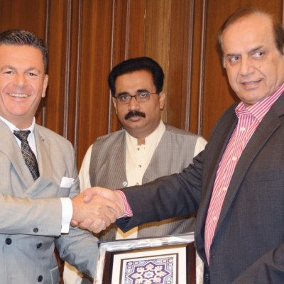 Bavarian Business Delegation to Pakistan, October 2018: Honorary Consul Dr. Poetis and Imtiaz Ahmed Shaikh, Minister for Energy, Government of Sindh